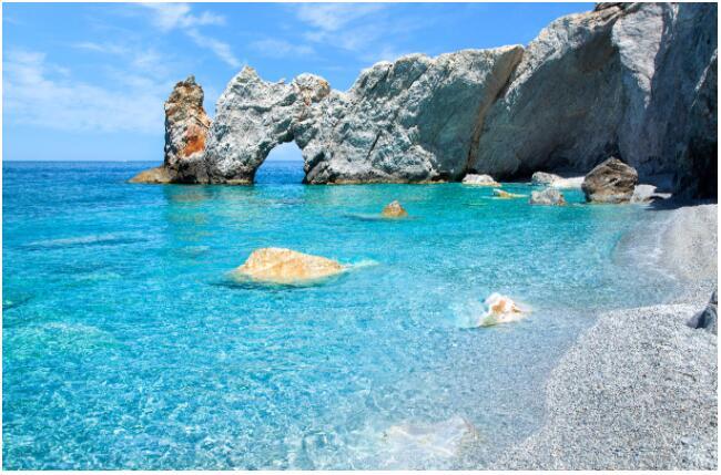 The magnificent Lalaria Beach